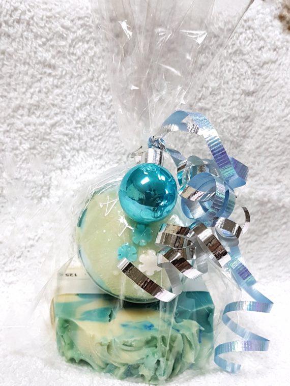 Frozen artisan bar and bath snowball
